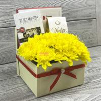 Подарочный набор с цветами «Чаровница»