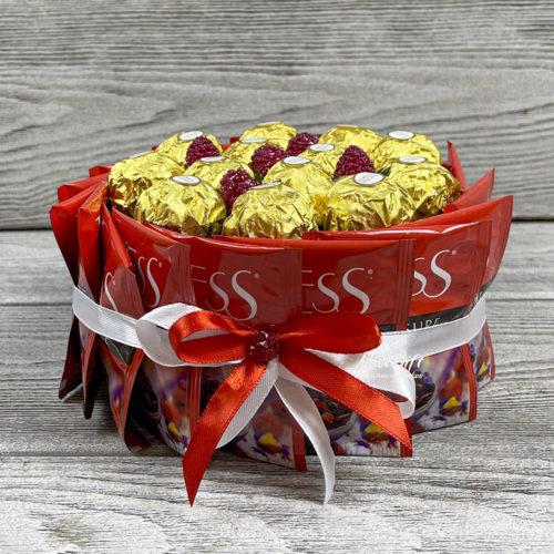 Торт из конфет и чая «Праздничный»