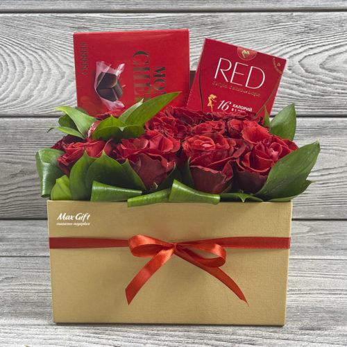 Подарочный набор с цветами «Женская слабость»