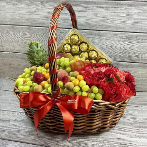Подарочная корзина с фруктами и цветами «Приветствие»
