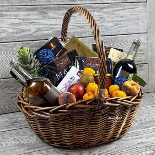 Подарочная корзина с фруктами «Май»