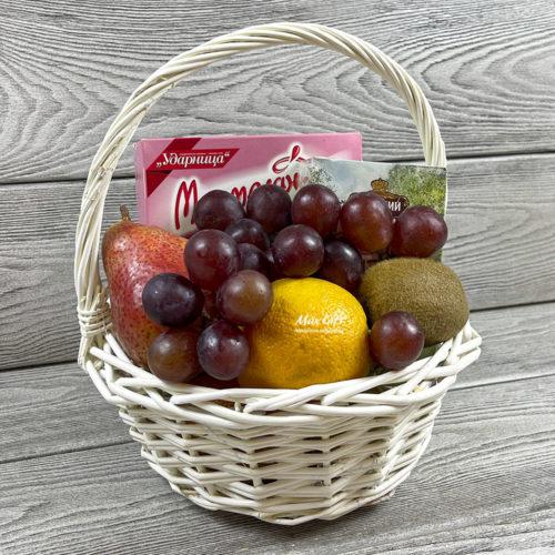 Подарочная корзина с фруктами «Лучик»