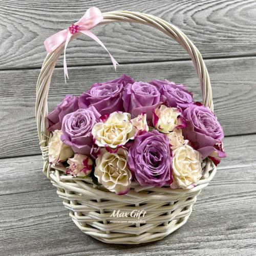 Корзина с цветами «Вальс»