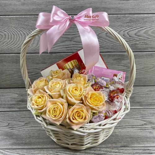 Подарочная корзина с цветами «Нежность»