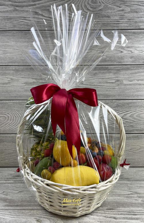 Фруктовая корзина с ягодами «Вкус лета»