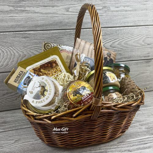 Подарочная корзина «Дары леса»