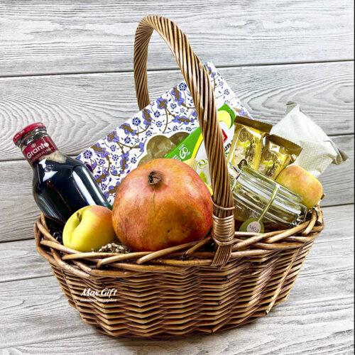 Подарочная корзина с фруктами «Кошерная»
