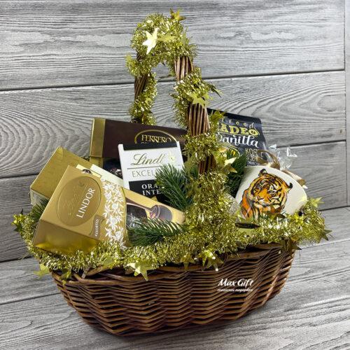 Подарочная корзина «Новогодний Madeo»