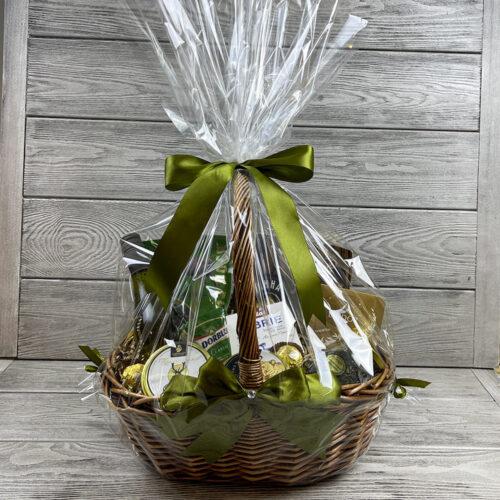 Подарочная корзина «Дико вкусно»