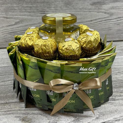 Торт из конфет и чая «Green tea»