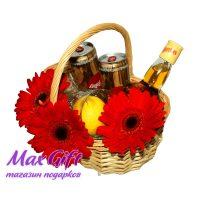 "Подарочная корзина с цветами ""Whisky Cola"""