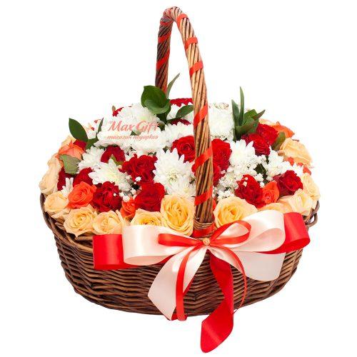 Подарочная корзина с цветами «Торжественная»
