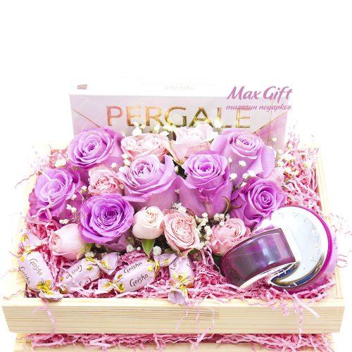 Подарочный набор с цветами «Розы»