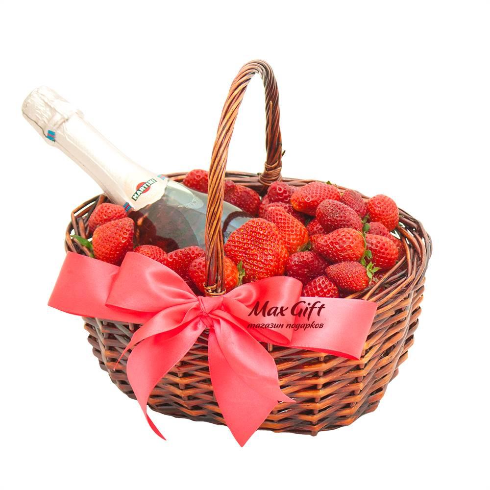 Как красиво оформить корзину с фруктами своими руками