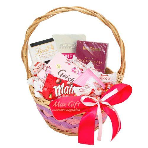 Подарочная корзина «Валентинка»