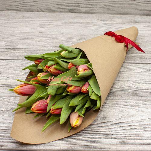 Букет из тюльпанов «Пламя»