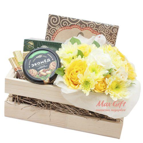 Подарочный набор с цветами «Солнечные часы»