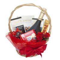Подарочная корзина с цветами «Рубин»