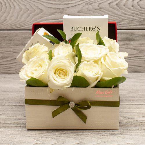 Подарочный набор с цветами «Белоснежка»