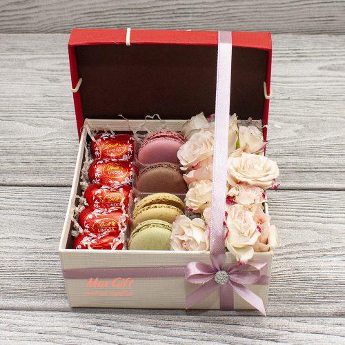 Подарочный набор с цветами «Анфиса»