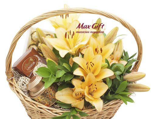 Подарочная корзина с цветами «Чайная лилия»