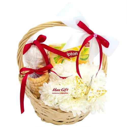 Подарочная корзина с цветами «Сливки»