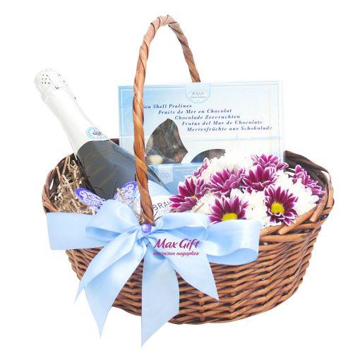Подарочная корзина с цветами «Морской бриз»