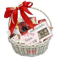 Корзина подарков для девушки 44
