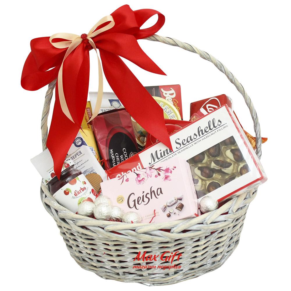 Подарки в корзинках недорого 167