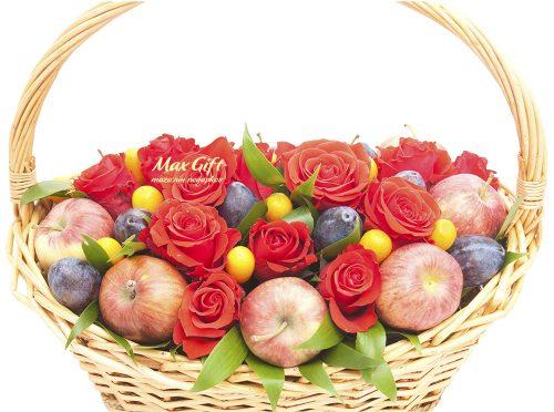 Фруктовая композиция с цветами «Удача»