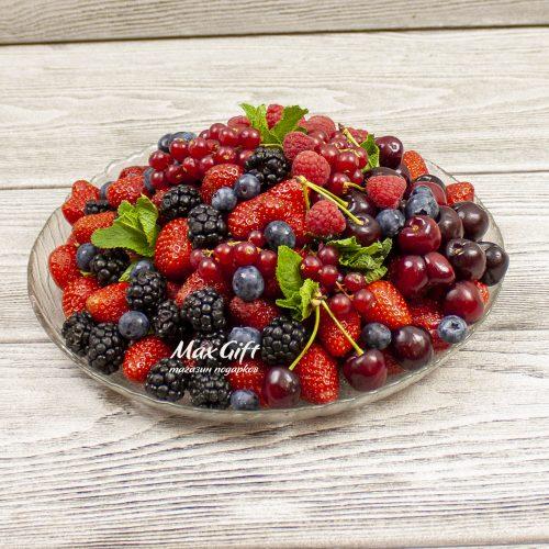 Ягодная тарелочка «Ягодный мохито»