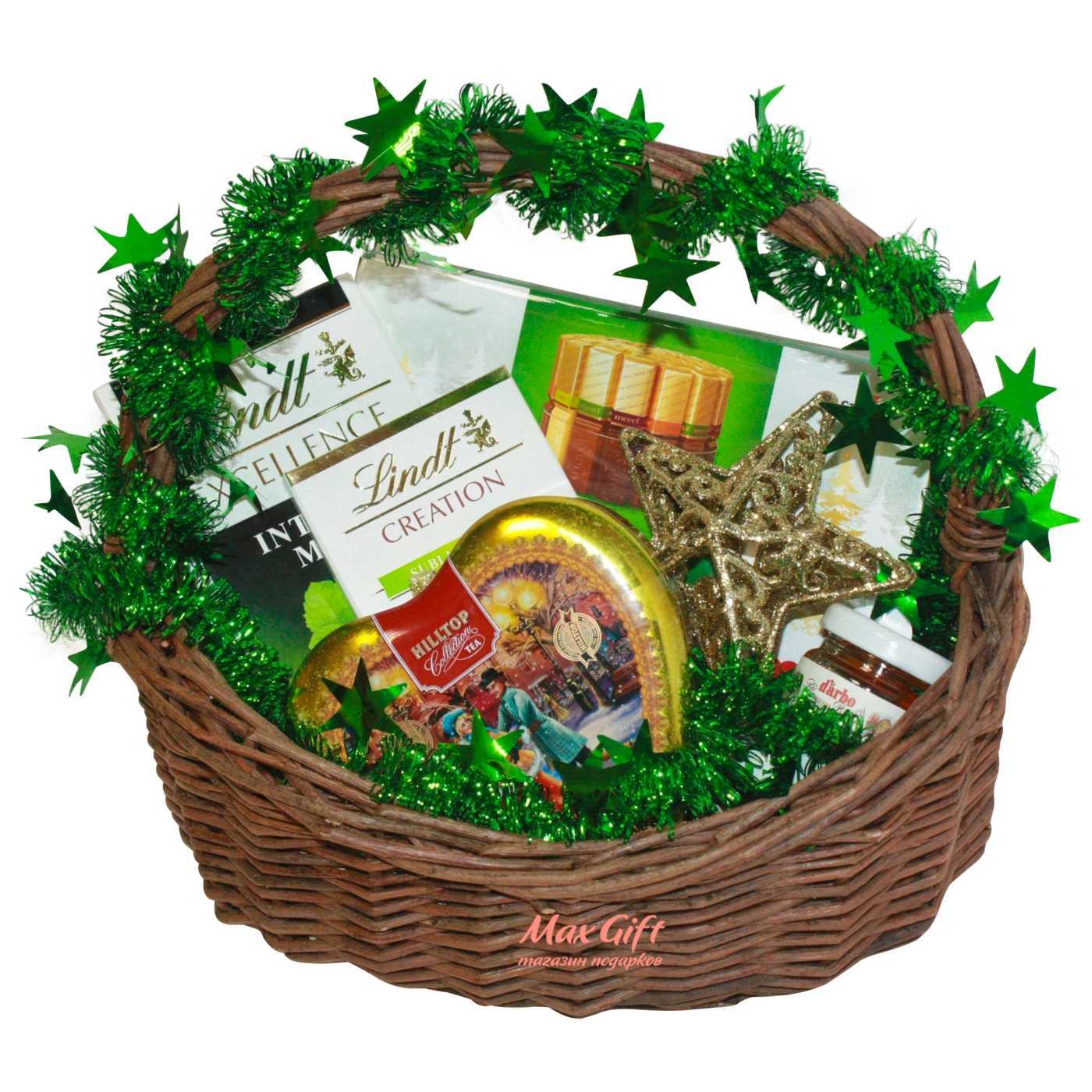 """Подарочная корзина """"Новогоднее чаепитие"""""""