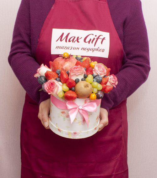 Фруктовая композиция с цветами и фруктами «Маршель»