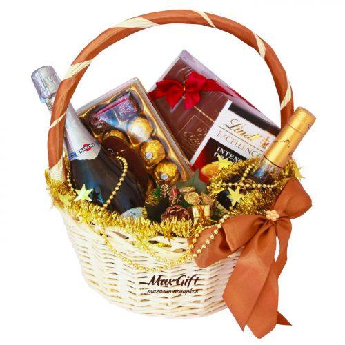 """Подарочная корзина """"Новогодняя Hennessy"""""""
