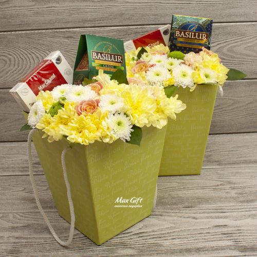 Подарочная композиция с цветами «Калипсо»