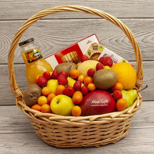 Подарочная корзина с фруктами «Мультисластёна»
