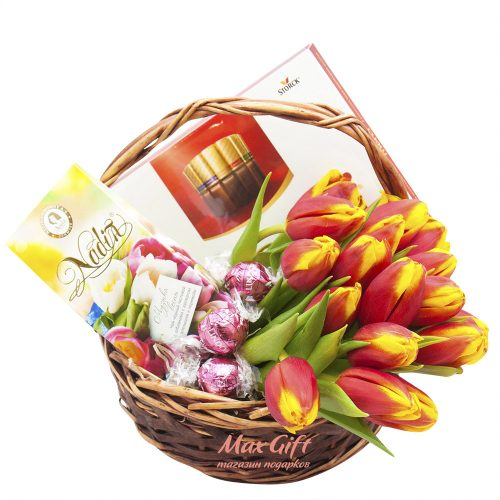 Подарочная корзина с цветами «Надин»