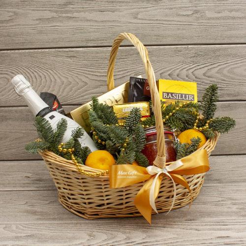 Подарочная корзина с фруктами «Зимний пейзаж»