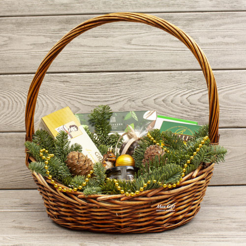 Подарочная корзина «За орешками»