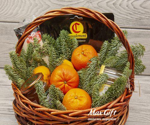 Подарочная корзина с фруктами «Январский вечер»