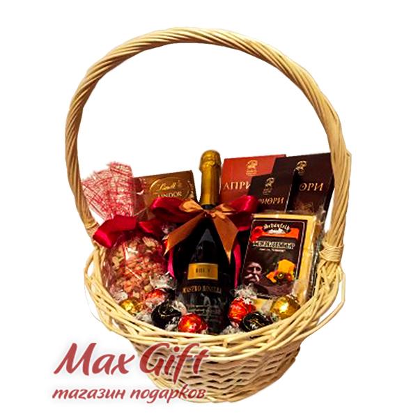 Подарочная корзина «Поздравляю!»