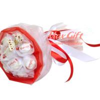 "Букет из конфет ""Raffaello"""