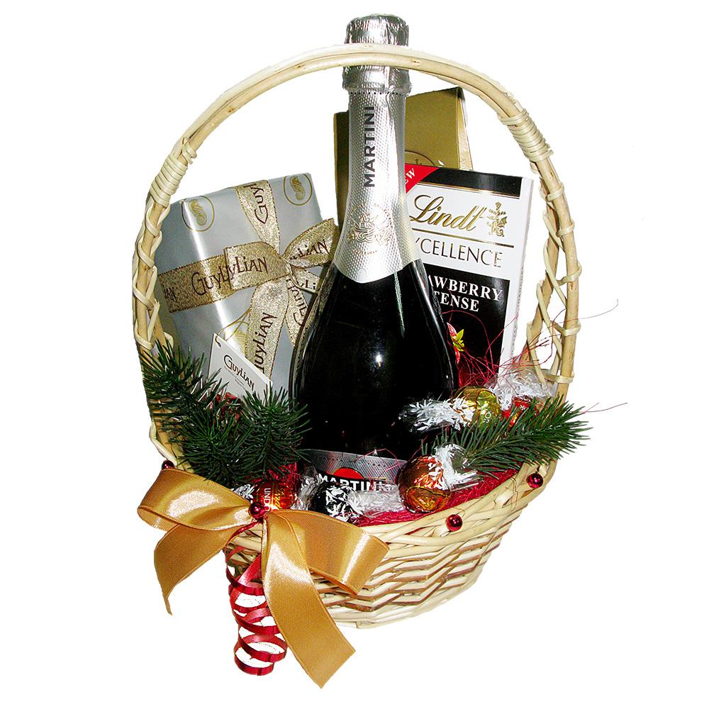 """Новогодняя подарочная корзина """"Asti Martini"""""""