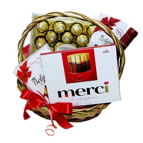 """Подарочная корзина """"Merci"""""""