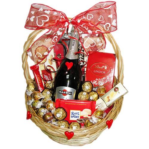 """Подарочная корзина """"В день Святого Валентина"""""""